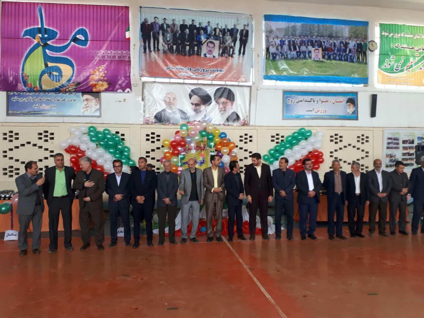 با هدف رقابت سالم بین دانش آموزان: برگزاری جشن ستارگان ورزشی مدارس شهرستان خواف