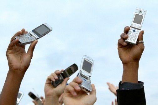 عدم آنتن دهی تلفن همراه در روستاهای بخش سلامی خواف