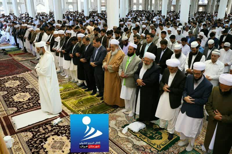 برپایی با شکوه نماز عید سعید فطر تشیع و تسنن در نقاط مختلف شهرستان خواف