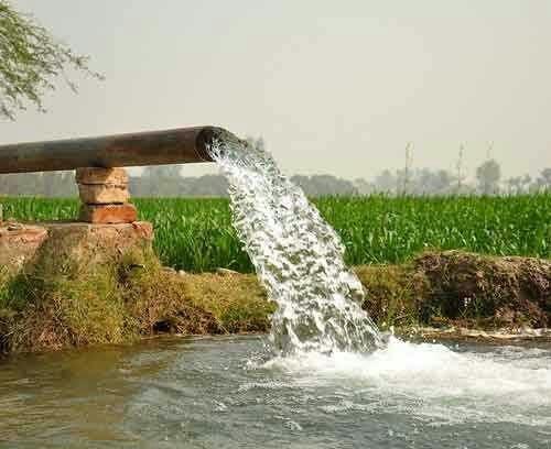 نارضایتی مردم بخش سلامی از انتقال آب چاه های کشاورزی به صنایع فولادی منطقه سنگان/ اراضی سلامی تشنه تر می شود…