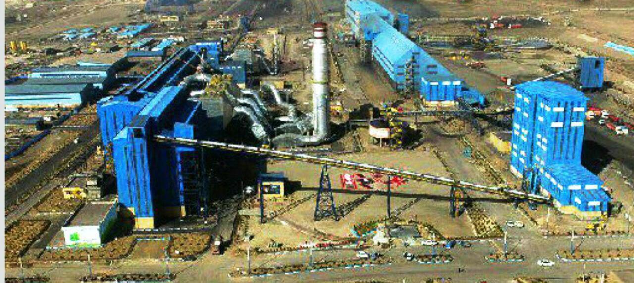 وزش شدید باد کار کارخانههای فولادی سنگان را کند کرد