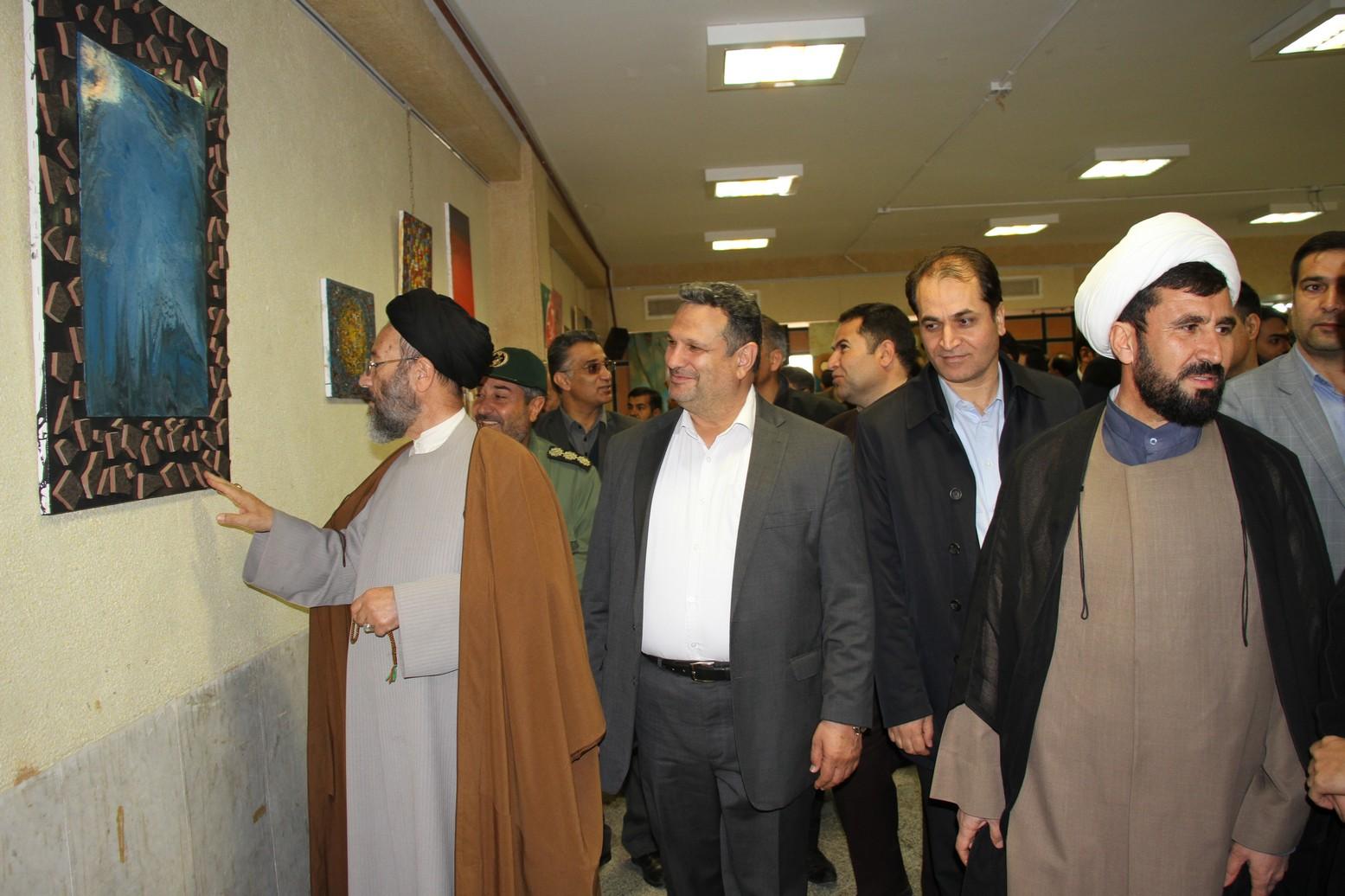 برپایی نمایشگاه عکس جاذبه های گردشگری خواف در محل مجمتع فرهنگی شهید مدرس