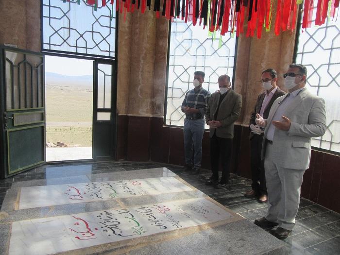 فرماندار خواف در اولین ساعات نوروز ۹۹ با آرمانهای شهدا تجدید پیمان کرد