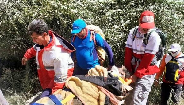 چوپان خوافی از حمله پلنگ جان سالم به در برد / تهدید زیستگاه پلنگ در حال انقراض در منطقه خواف
